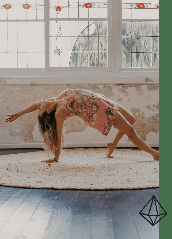 yoga-emmawandphotography-sutherlandshirephotographer-sydneyyogaphotographer-4b