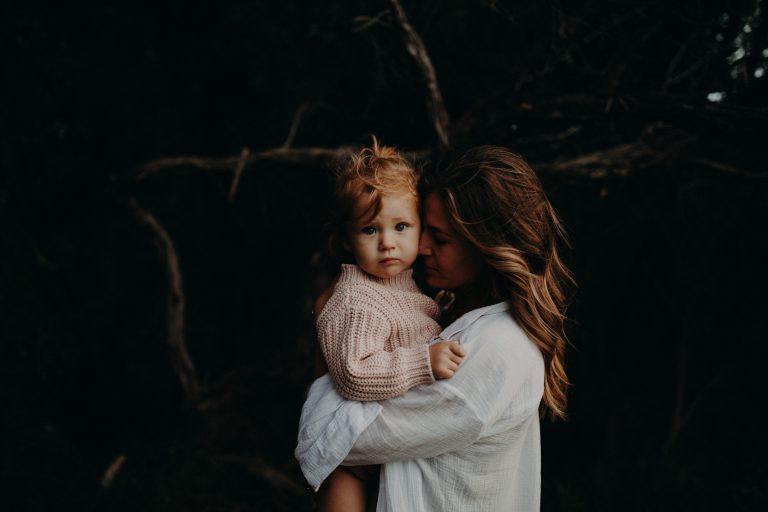 motherhoodphotographer_motherhood_motheranddaughter_mother_daughter
